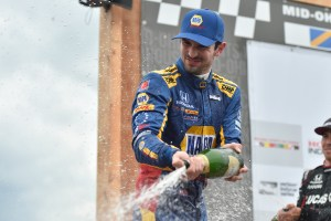 Alexander Rossi wins at Mid-Ohio