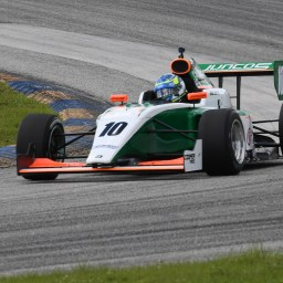 Experience rules in Indy Pro 2000 testing at Homestead