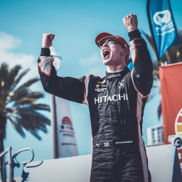 Josef Newgarden waltzes to St. Petersburg win in IndyCar season opener