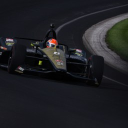 James Hinchcliffe crashes in day one of Indianapolis 500 qualifications