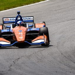 Scott Dixon holds off teammate in sixth career victory at Mid-Ohio