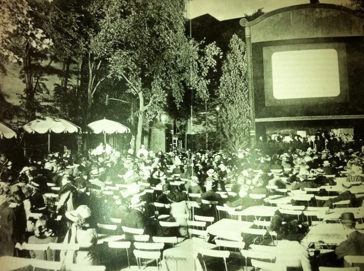 First outdoor movie screening around 1916, Berlin, Germany