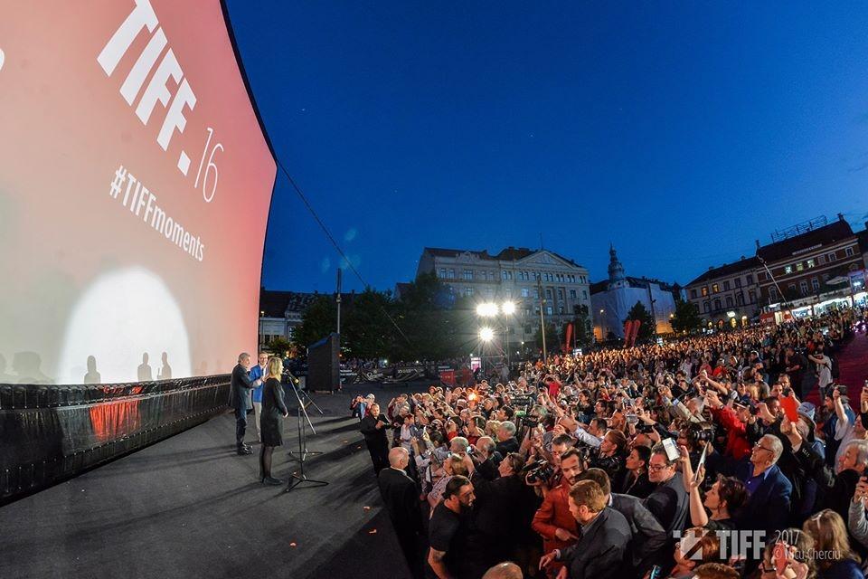 Outdoor cinema romania TIFF Cluj AIRSCREEN
