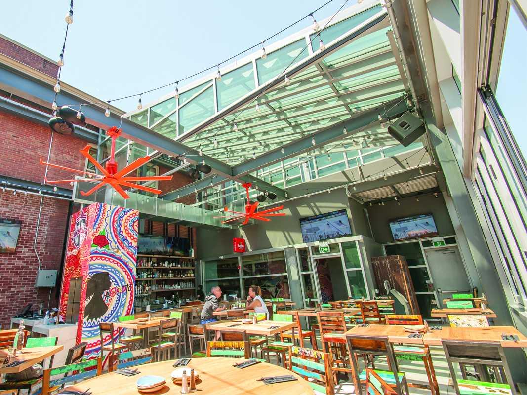restaurant patio enclosures