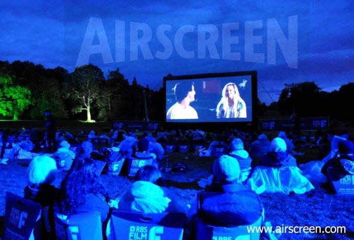 Open-Air-Kino in Schottland