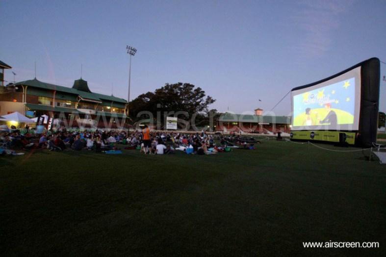 Open-Air Kino in North Sydney durch Starlight Cinema