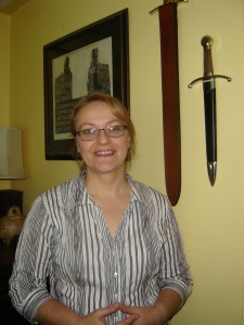 TANYA HUFF, AUTHOR OF THE BLOOD SERIES, EXCLUSIVE INTERVIEW