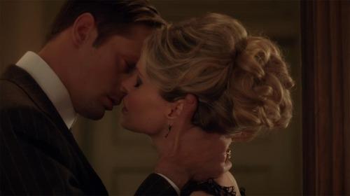 KISSING ALEXANDER SKARSGARD: KRISTIN BAUER SPILLS!!
