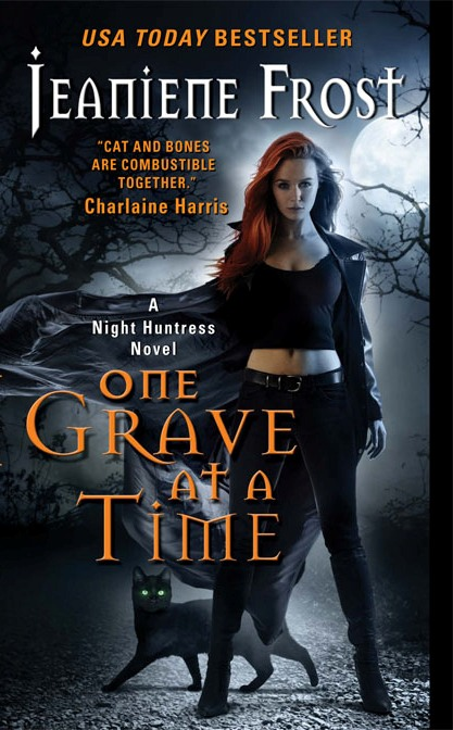 ONE GRAVE AT A TIME (NIGHT HUNTRESS, BOOK #6) BY JEANIENE FROST: BOOK REVIEW
