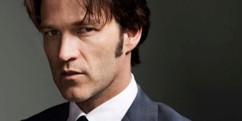 STEPHEN MOYER TALKS ABOUT VAMPIRES IN POP CULTURE AND '50 SHADES OF GREY'