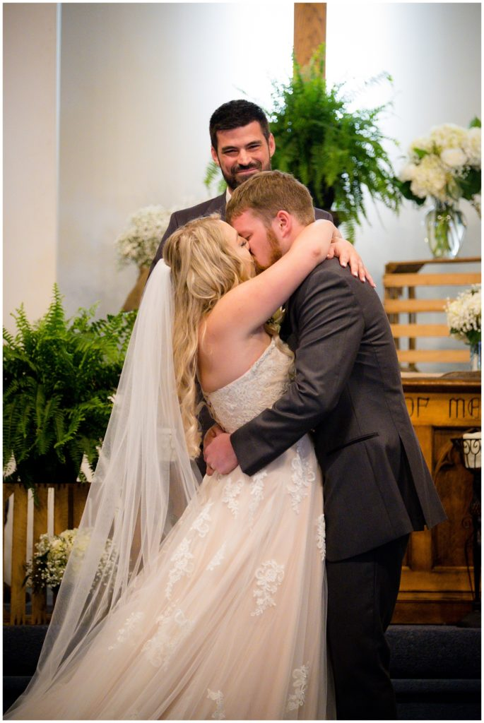 Hannah and Brandon's first kiss as husband and wife!