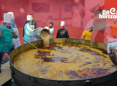 schmtt-makes-7000-kg-of-maha-misal-in-3-hours-sets-world-record