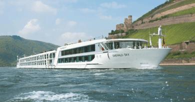 Emerald Cruise's Emerald Sky River Cruise Ship