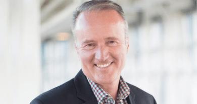 CEO of WestJet, Ed Sims, announces retirement