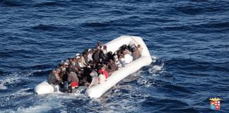 immigrati soccorso calabria