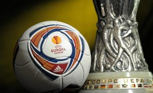 europa-league-pallone-coppa
