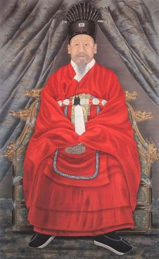 471px-Korea-Portrait_of_Emperor_Gojong-01