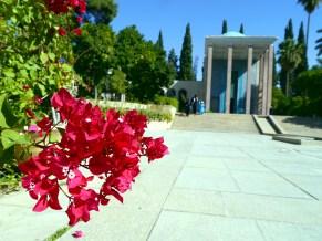 Flowers for Sa'di
