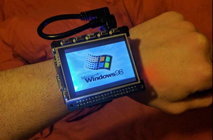 Windows 98 running Raspberry Pi smartwatch