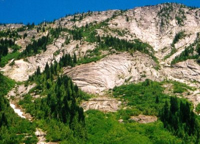 Photograph of xfoliation fractures in granitic rock exposed on the west side of the Coquihalla Highway north of Hope, BC.