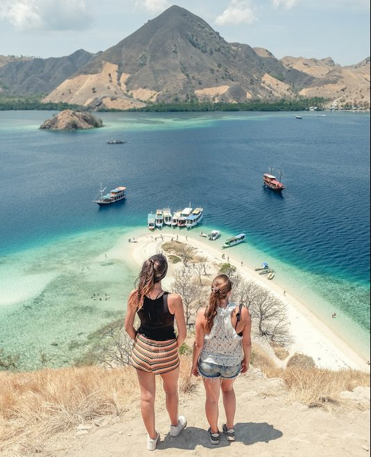 Komodo tour package, labuan bajo tours, komodo trip, phinisi tour package, flores tour, cheap komodo island tour, komodo dragon tours, how to get to komodo island, padar island day trip.