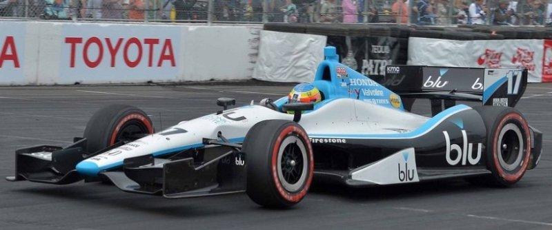 2013 car 17 blu