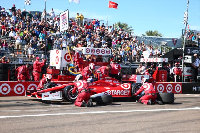 2014 car 9 pit crew st pete - chris jones