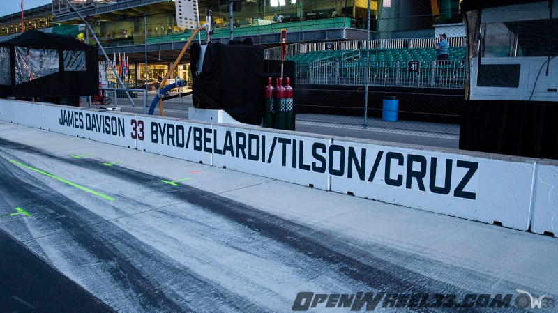Pit Wall Signs - 2019 103rd Running of the Indianapolis 500 Mile Race - 2019 INDYCAR LIVERIES INDY500 PIT WALL No. 33