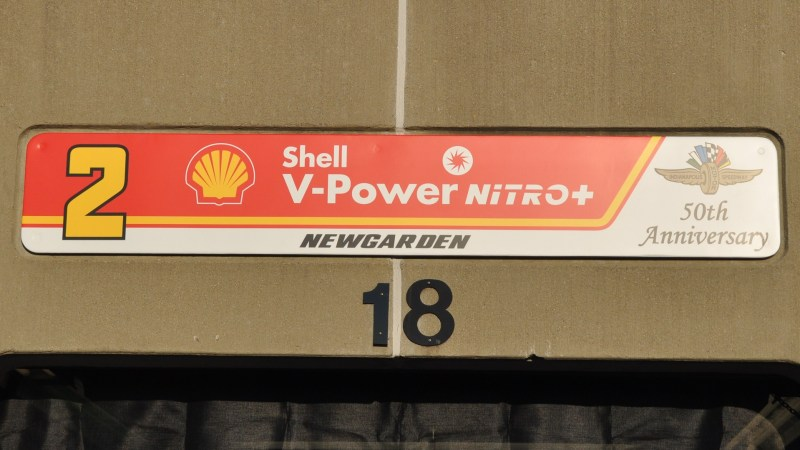 2019 INDYCAR PHOTO GALLERY INDY500 GARAGE SIGNS 2 SHELL