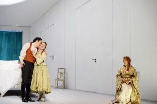 Kihwan Sim (Figaro), Louise Alder (Susanna) and Karen Vuoung (Countess Almaviva). © Barbara Aumüller