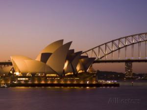 Sydney Opera House und Harbour Bridge, Foto: Sergio Pitamitz, erhältich bei Allposter