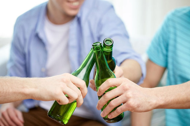 How Many US High Schoolers Binge Drink?