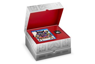 DQ Builders Collector's Box Open