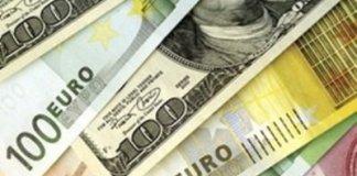 Паника на валютном рынке может привести доллар к цене в 20 гривен