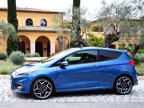 Незнакомые облики нового Ford Fiesta 12