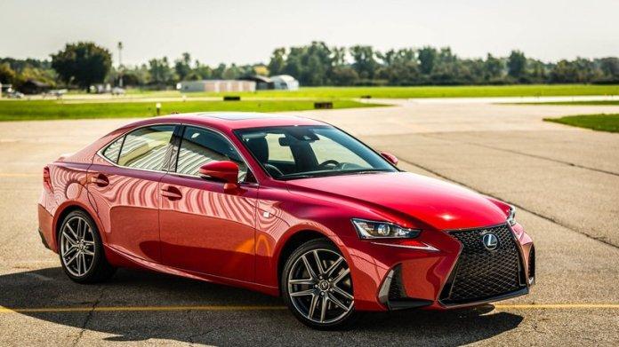 Lexus IS нового поколения: первые изображения 1