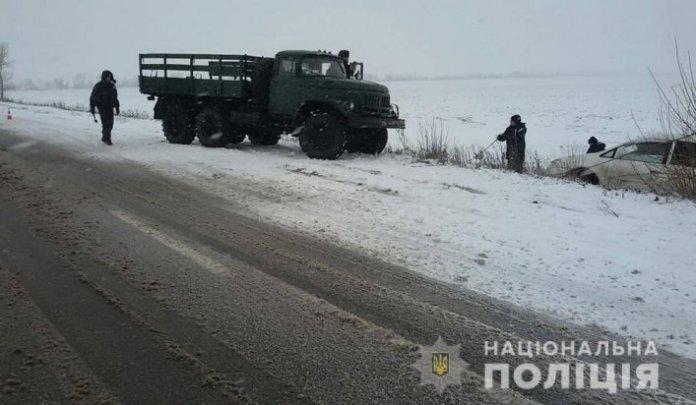Спасатели в Запорожской области вытягивают автомобили из снежного плена (фото) - http://ria-m.tv/melitopol.xml 3