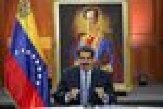 По данным последних соцопросов, Мадуро поддерживают 19% венесуэльцев, а 42% желают его свержения в результате военного переворота. Но на выборах в 2018 г. он, по официальным данным, получил более 67% голосов