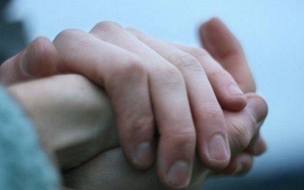 Холодные руки указывают на проблемы со здоровьем » Вечерний курьер
