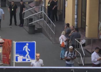Неизвестный устроил стрельбу в центре Киева: видео - новости Украины, Происшествия