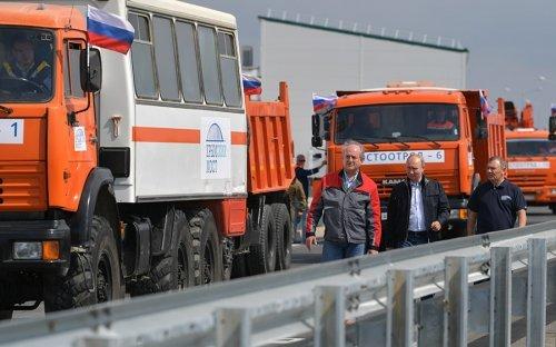 Аксенов допустил досрочный запуск поездов на Крымском мосту :: Общество :: РБК