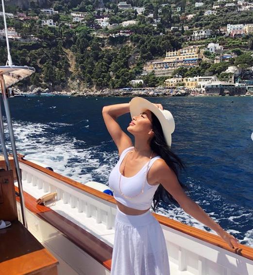 Пособие для отпуска: самые модные позы для Инстаграма