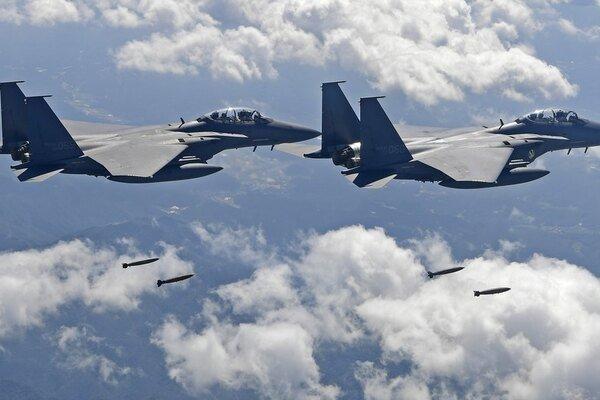 Южная Корея открыла огонь по самолету РФ (иллюстрация)