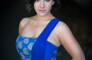 opera mezzo daniela mack in blue dress