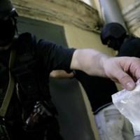 КРЫМ САДЯТ НА ИГЛУ. На место амфетаминовой наркомафии полуострова пришла героиновая