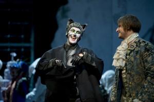 Ileana Mateescu (Kater), Lucian Krasznec (Müllerssohn)  ©Thomas M. Jauk / Stage Picture