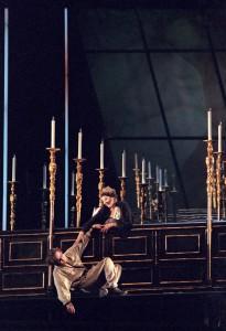 Oper Essen: TOSCA - Foto @ Rudolf Majer-Finkes