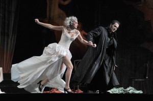 Brigitta Kele (Donna Elvira), Richard Šveda (Don Giovanni) Foto@Hans Joerg Michel