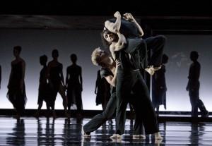 Sascha Pieper, Bogdan Nicula, Jackson Carrol, Ensemble/Foto@Gert Weigelt