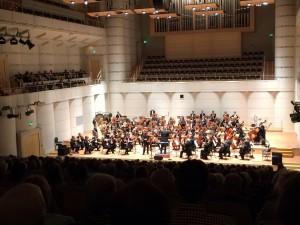 Solist A. Prushinskiy, Dortmunder Philharmoniker, GMD G. Feltz / Foto @A. Schürer-Dortmunder Philharmoniker